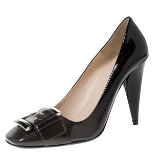 Prada Black/Grey Ombre Patent Leather Buckle Detail Pumps Size 39