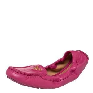 حذاء لوفرز برادا سكرانش سليب أون جلد وردي مقاس 40