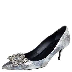 Roger Vivier Silver Foil Leather Flower Strass Crystal Embellished Pointed Toe Pumps Size 37
