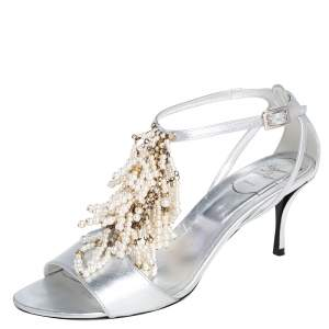Roger Vivier Silver Leather Faux Pearl Fringe Embellished T Strap Sandals Size 39
