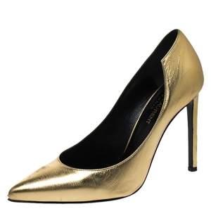 """حذاء كعب عالي سان لوران باريس """"كلارا"""" بمقدمة مدببة جلد ذهبي مقاس 36.5"""