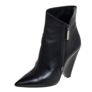حذاء بوت كاحل سان لوران مقدمة مدببة جلد أسود مقاس 37.5