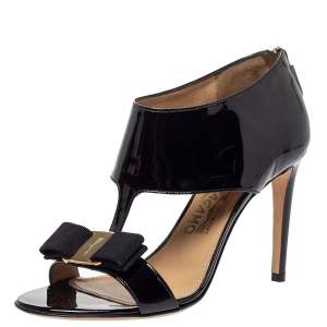 Salvatore Ferragamo Black Patent Leather Pellas T Strap Sandals Size 36