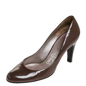 Salvatore Ferragamo Brown Patent Leather Wooden Heel Pumps Size 38.5