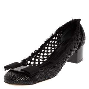 Salvatore Ferragamo Woven Black Leather Thread Trim Vara Bow Pumps Size 38