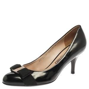 Salvatore Ferragamo Black Patent Leather Vara Bow Pumps Size 38.5