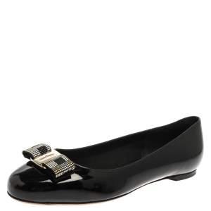 Salvatore Ferragamo Black Patent Leather Varina  Flats Size 39