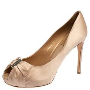 Salvatore Ferragamo Pink Satin Pianka Platform Peep Toe Pumps Size 39