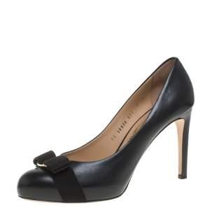 Salvatore Ferragamo Black Leather Carla Vara Bow Pumps Size 39.5