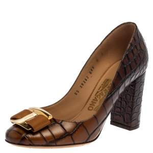 Salvatore Ferragamo Brown Croc Embossed Leather Ninna Pumps Size 37.5