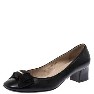 Salvatore Ferragamo Black Leather Bow Pumps Size 38