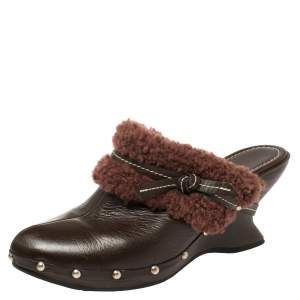 Salvatore Ferragamo Brown Leather And Faux Fur Studded Clog Mules Size 38.5