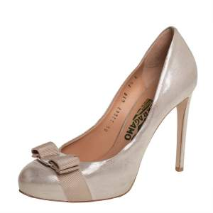 Salvatore Ferragamo Metallic Gold Glitter Nubuck Leather Vara Bow Pumps Size 38