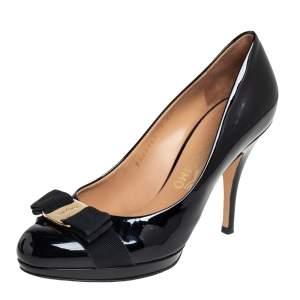 Salvatore Ferragamo Black Leather Vara Bow Pumps Size 38.5