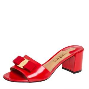 Salvatore Ferragamo Red Patent Leather Vara Bow Sandals Size 36.5