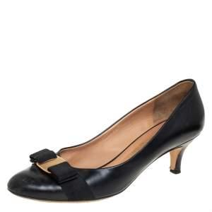 حذاء كعب عالى سالفاتورى فيراغامو فيونكة فارا جلد أسود مقاس 38.5