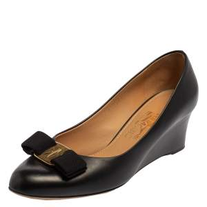 Salvatore Ferragamo Black Leather Vara Bow Pumps Size 37.5