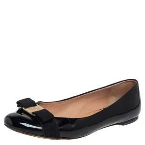 حذاء فلات باليه سالفاتوري فيراغامو فيونكة فارا جلد لامع أسود مقاس 39.5