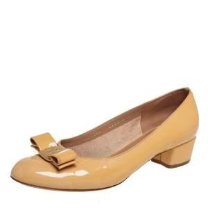 Salvatore Ferragamo Mustard Patent Leather Vara Bow Block Heel Pumps Size 37.5