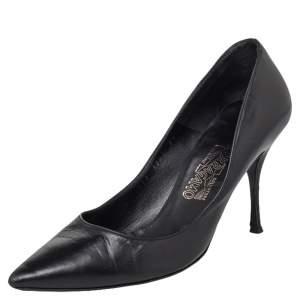 Salvatore Ferragamo Black Leather Pointed Toe Pumps Size 39