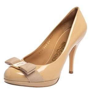 Salvatore Ferragamo Beige Patent Leather Vara Bow  Pumps Size 36.5