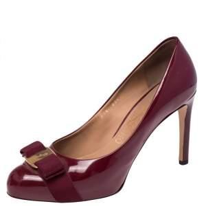 Salvatore Ferragamo Red Patent Leather Carla Vara Bow Pumps Size 37.5