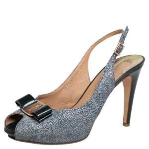 Salvatore Ferragamo Green Stingray and Patent Leather Vara Bow Slingback Sandals Size 39.5