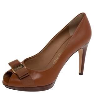 Salvatore Ferragamo Brown Leather Vara Bow Pumps Size 39