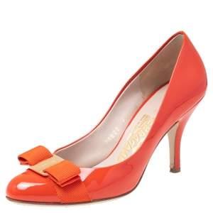 Salvatore Ferragamo Orange Patent Leather Vara Bow Pumps Size 35.5