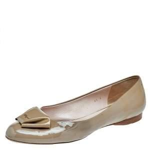 Salvatore Ferragamo Beige Patent Leather Ballet Flats Size 39