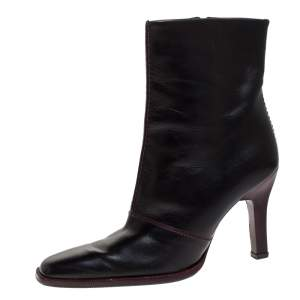 Tod's Black Leather Pointed Toe Ankle Boots Size 38