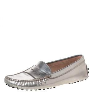 Tod's Metallic Silver Leather Penny Loafers Size 35.5