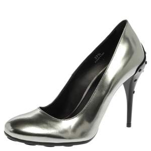 Tod's Silver Leather Round Toe Pumps Size 37.5
