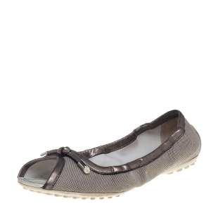 Tod's Grey/Metallic Canvas And Leather Bow Open Toe Flats Size 39