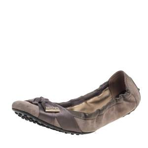 حذاء باليرينا فلات تودز مزين فيونكة ساتان و سويدي مقاس 38