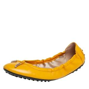 Tod's Yellow Leather  Scrunch Ballet Flats Size 39