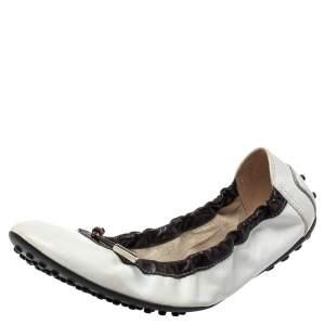 حذاء فلات باليه تودز مجعد جلد أبيض مقاس 38