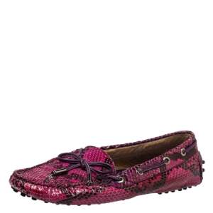 حذاء لوفرز تودز جلد ثعبان وجلد وردي بفيونكة مقاس 39