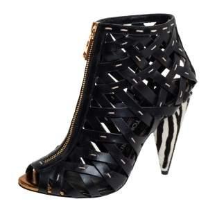 حذاء بوت كاحل توم فورد قفصي مجدول كعب نقشة الحمار الوجشي شعر مهرو جلد أسود مقاس 38