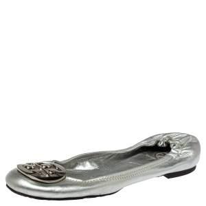 حذاء فلات باليه تورى برش مجعد ريفا جلد فضى ميتالك مقاس 38.5