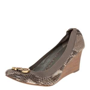 Tory Burch Two Tone Python Embossed Leather Caroline Wedge Pumps Size 38.5