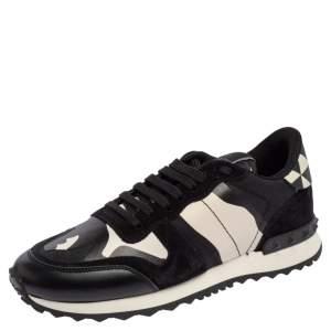حذاء رياضي فالنتينو روكستد ترينر جلد نمط مموه وسويدي أسود/ أبيض مقاس 37.5