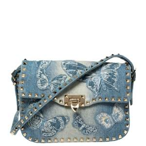 حقيبة كتف فالنتينو صغيرة مرصعة روكستد مطرزة فراشة دنيم أزرق