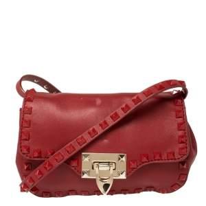 حقيبة كروس فالنتينو جلد أحمر روكستد صغيرة