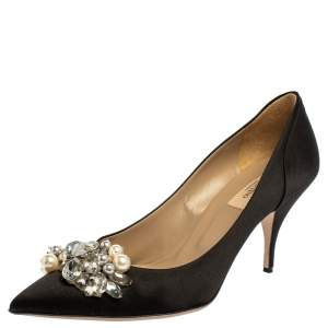 Valentino Black Satin Crystal and Pearl Embellished Pointed Toe Pumps Size 38
