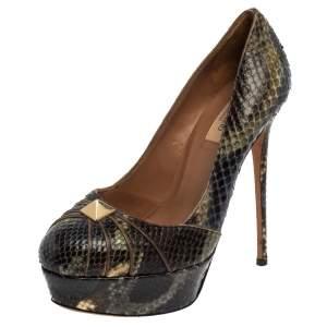 حذاء كعب عالي فالنتينو مرصع روكستد مقدمة مستديرة نعل سميك جلد ثعبان متعدد الألوان مقاس 38