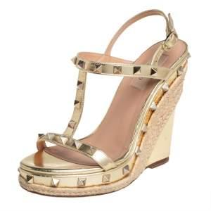 Valentino Gold Leather Rockstud Embellished T-strap Sandals Size 37