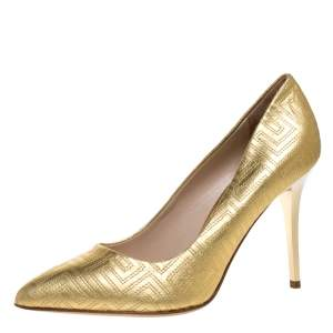 Versace Gold Quilted Leather Pointed Toe Pumps Size 38
