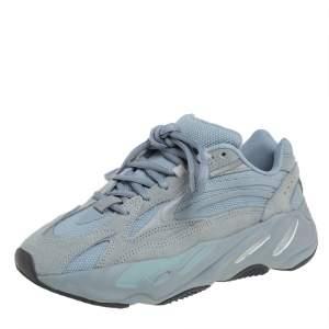 حذاء رياضي ييزي x أديداس بوست 700 V2 شبكة وسويدي أزرق مقاس 37 1/3