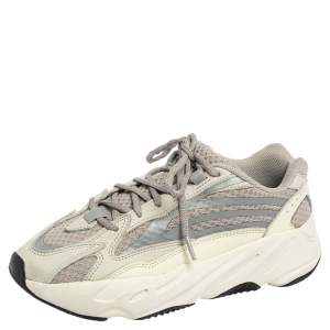Yeezy x Adidas Grey Fabric and Leather Boost 700 V2 Cream Sneakers Size 40